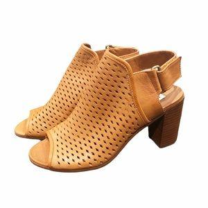 Steve Madden Block Heel Sandals